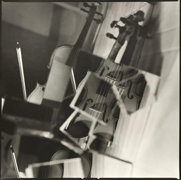 Маша Шелль. Фотокубизм. Скрипка