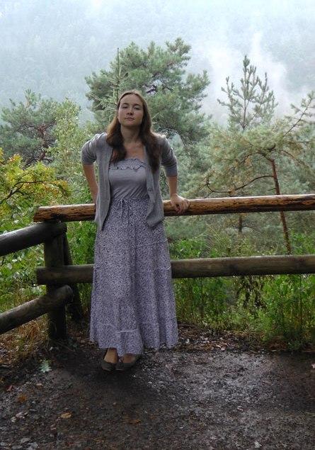 В Эльбских горах (Саксонская Швейцария, 2012). Рассказ об этом путешествии: см. Странники над морем тумана