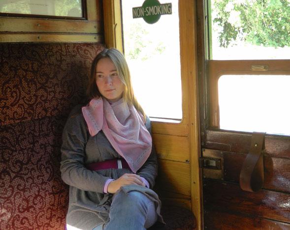Еду в Шеффилд-парк. В купе старинного поезда Metropolitan 1898 года выпуска